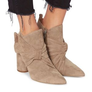 Koran Bow Suede Booties size8 Chic as ever!